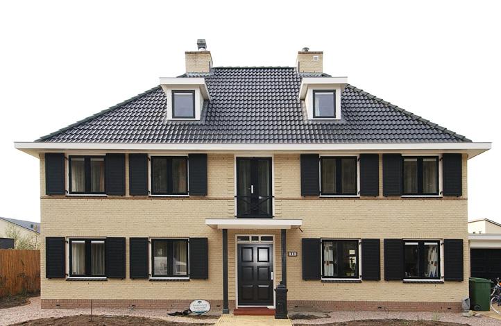 VrijeSector villa hoorn kley